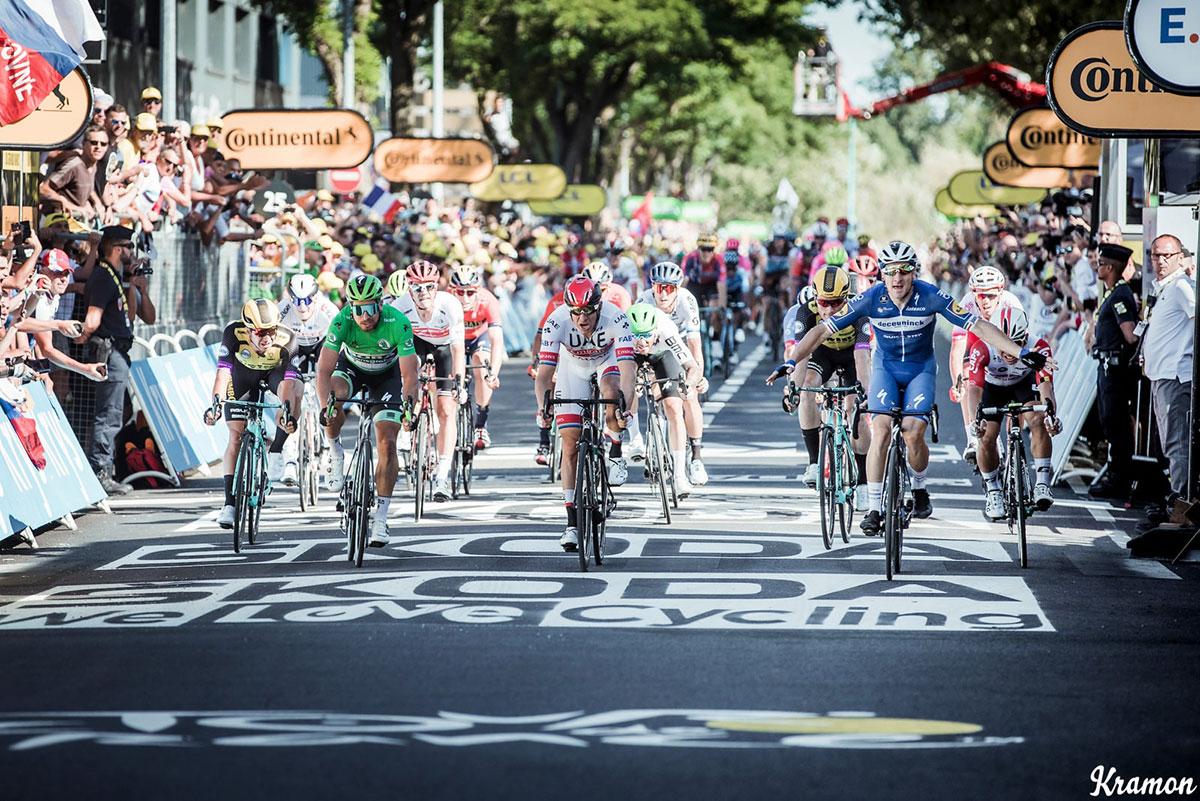 Elia Viviani vince al Tour de France 2019