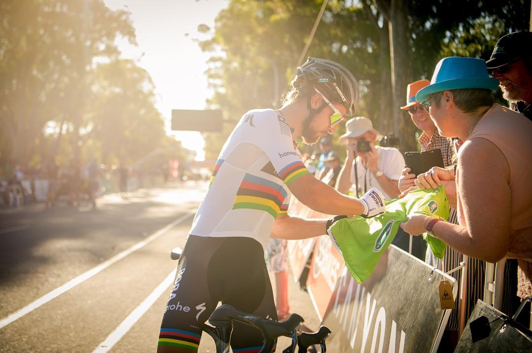 Peter Sagan e i tifosi al Tour Down Under 2017