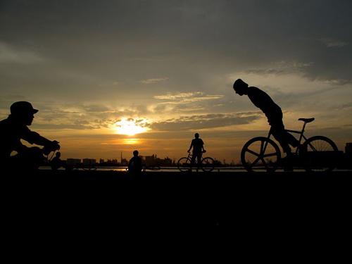 Tramonto e bici fisse