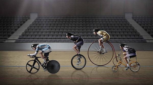 In pista con bici diverse