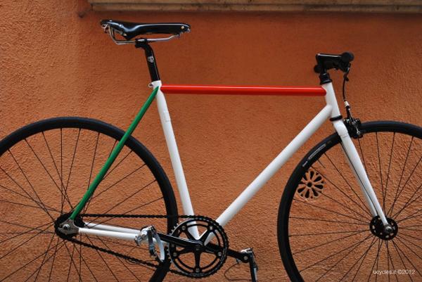 Una bici UCY