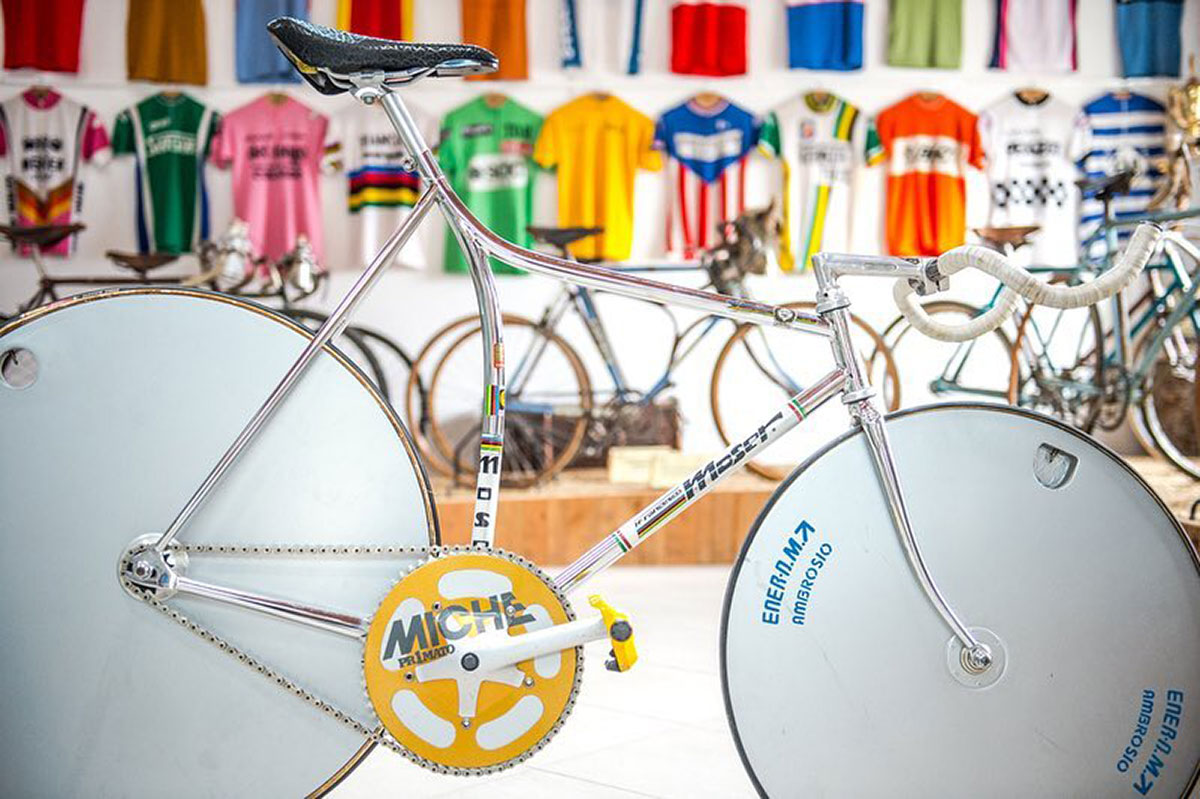 Bici Cicli Francesco Moser Va Por La Hora al museo di Cosseria