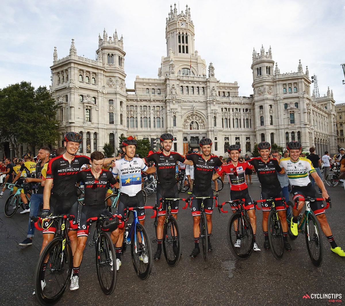 Simon Yates e compagni alla Vuelta 2018